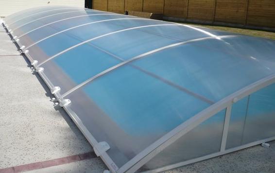 Devis abri de piscine devis d 39 abris en bois fer pvc for Abri piscine pvc