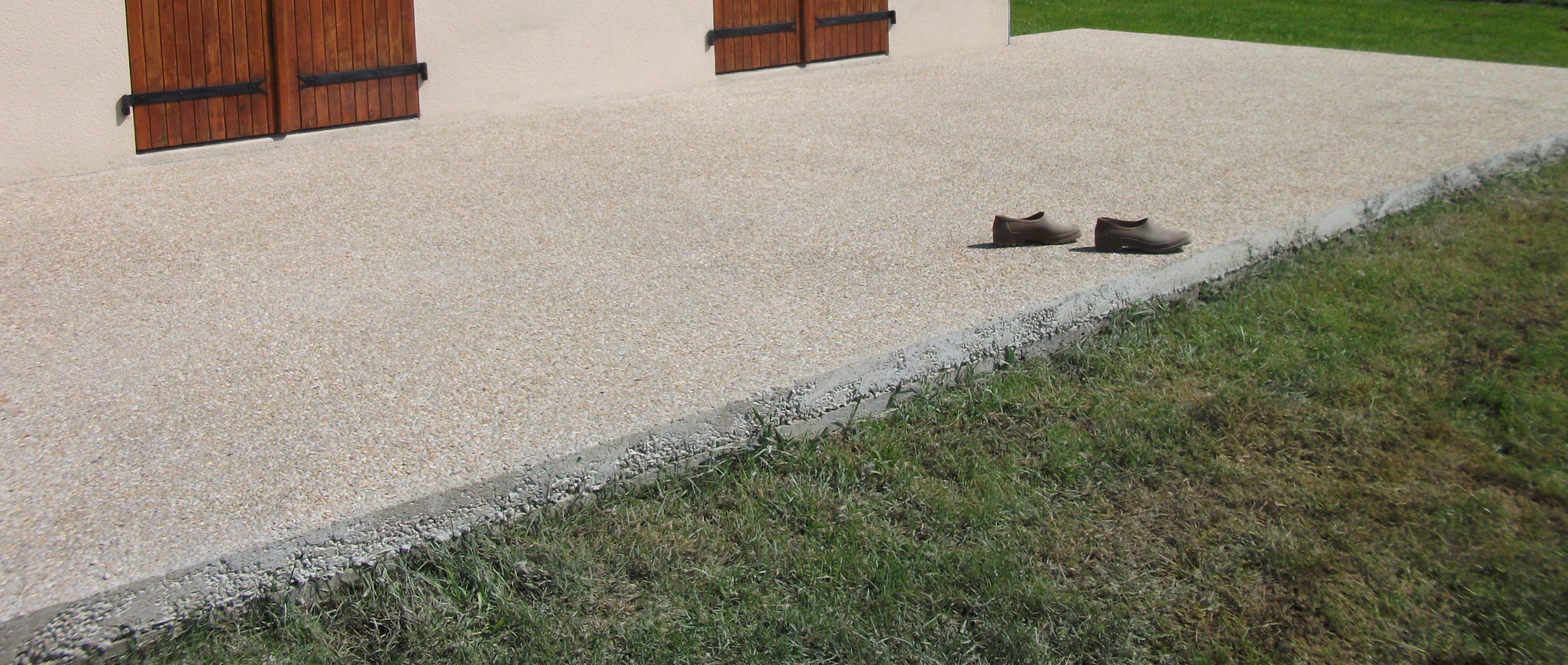 Monter mur parpaing sur dalle béton